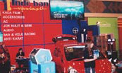 Motor Show Surabaya 2004 - Indo Ban